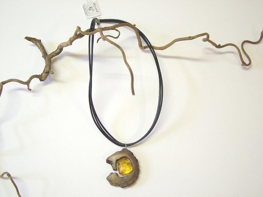 Collier (Mangrovenholz, Bernstein, Leder, Silber)