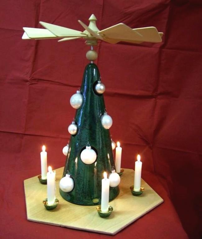 """Pyramiede """"Weihnachtsbaum"""" (Keramik, Glas, Metall, Holz)"""