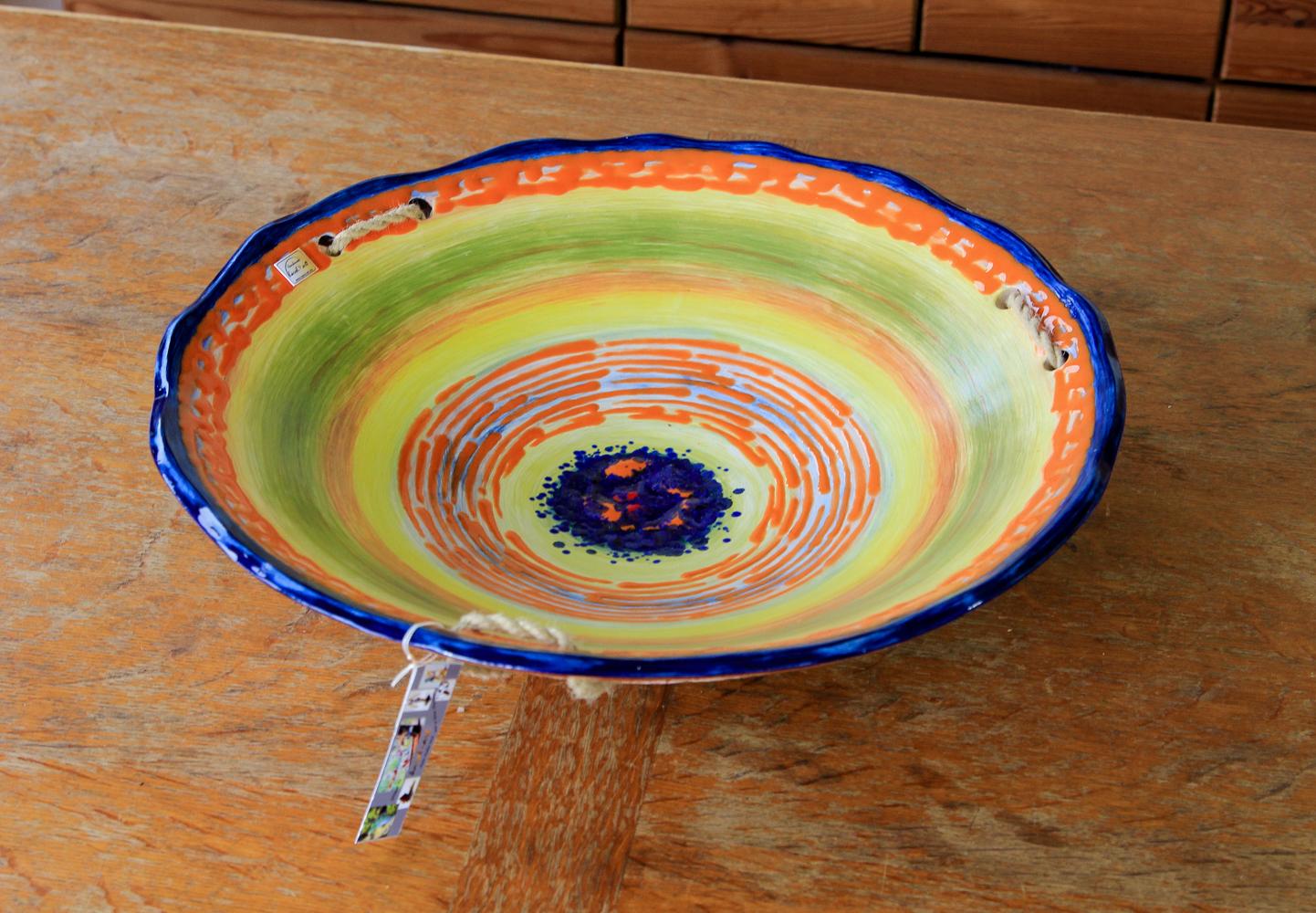 große Schale aus Keramik
