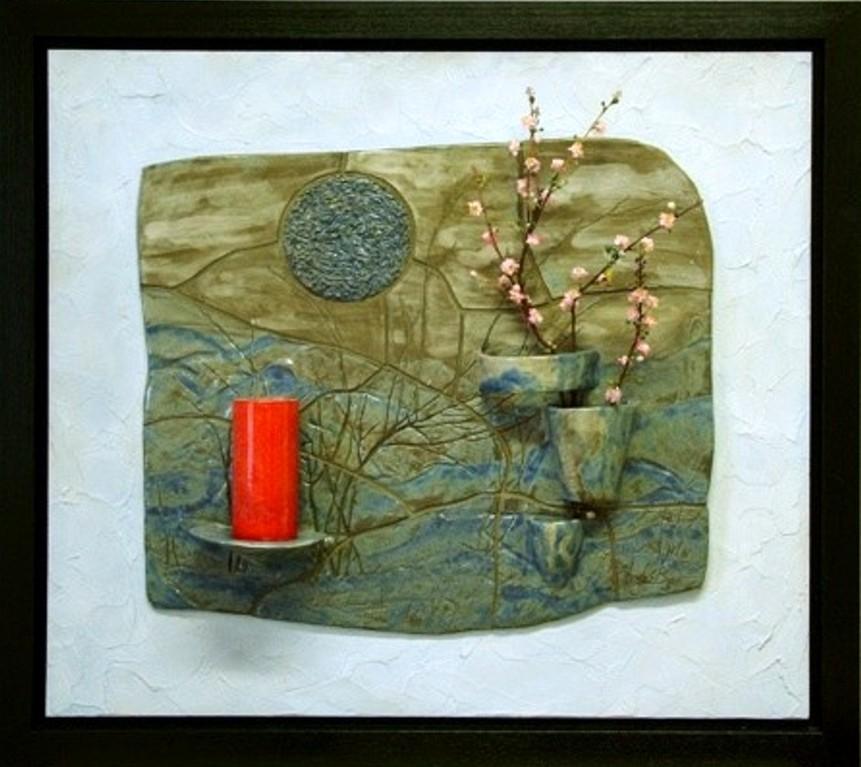 Wandrelief  (Keramik glasiert, Acrylfarbe, Spachtelmasse, Holzrahmen-Schattenfugenrahmen)