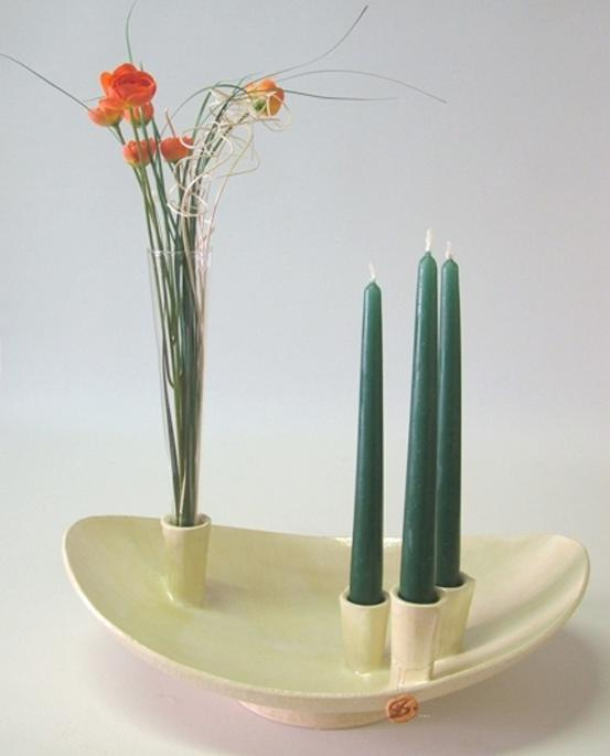 Schale mit Kerzenhaltern