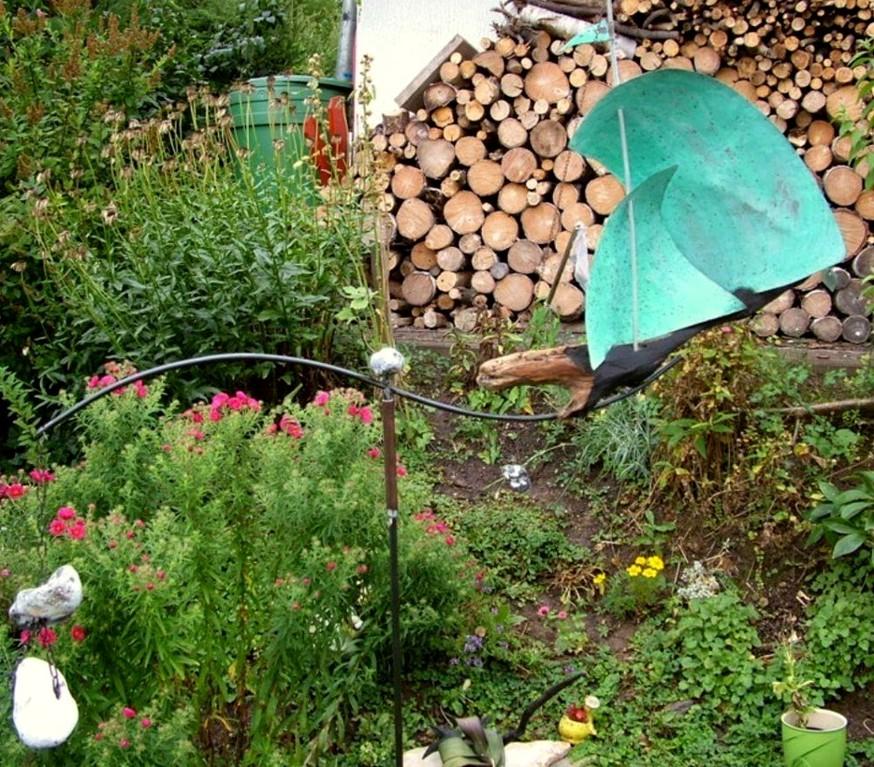 """Windspiel - Gartenkunst """"Schiff"""" (Schwemm-, Treibholz, Kupfer, Oxid, Metall, Naturstein) - Ansicht"""