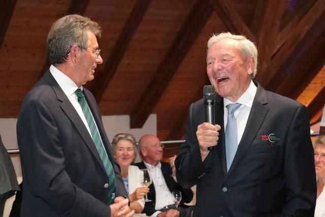 BWGV Präsident Otto Leibfritz und Präsident des GC Domäne Niederreutin Hans-Heinrich Brendecke begrüßen die anwesenden Gäste - © BWGV