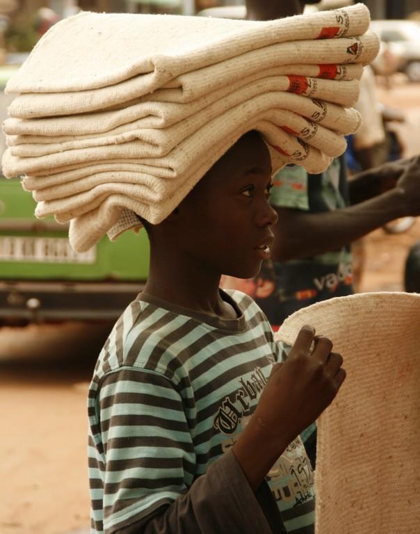 Vendeur de rue à OOUGADOUGOU.