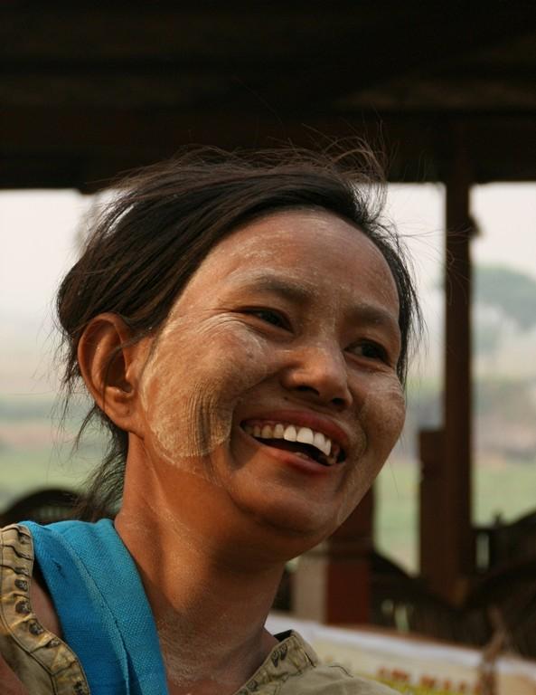 """Masque de beauté de """"tanakha"""" à AVA."""
