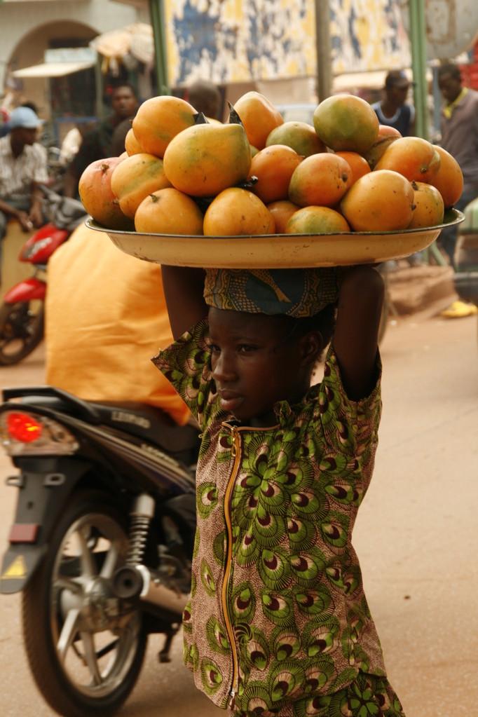 Vendeur de rue à OUGADOUGOU