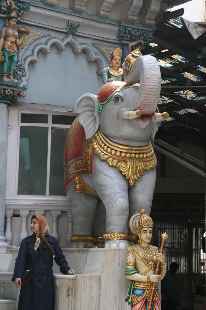 Entrée d'un temple à OLD DELHI.