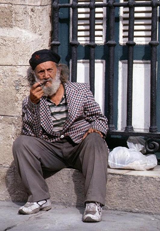 Ancien révolutionnaire à LA HABANA.