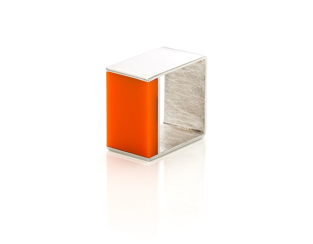 Domino orange
