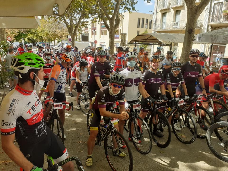 """Départ de la course en ligne à """"La Montagnacoise"""""""