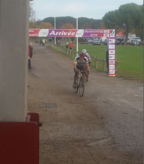 (02.12.2018) Cyclo-cross de Béziers au stade Montflourès