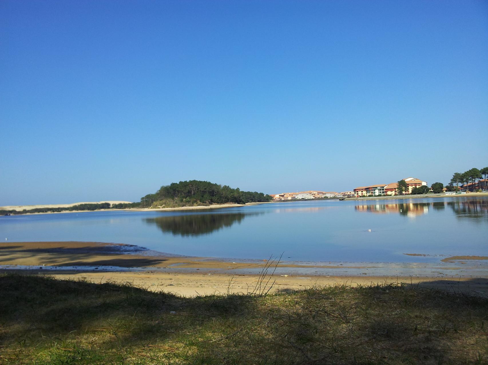 Locations vacances proche : Lac de Port d'Albret à 150m !