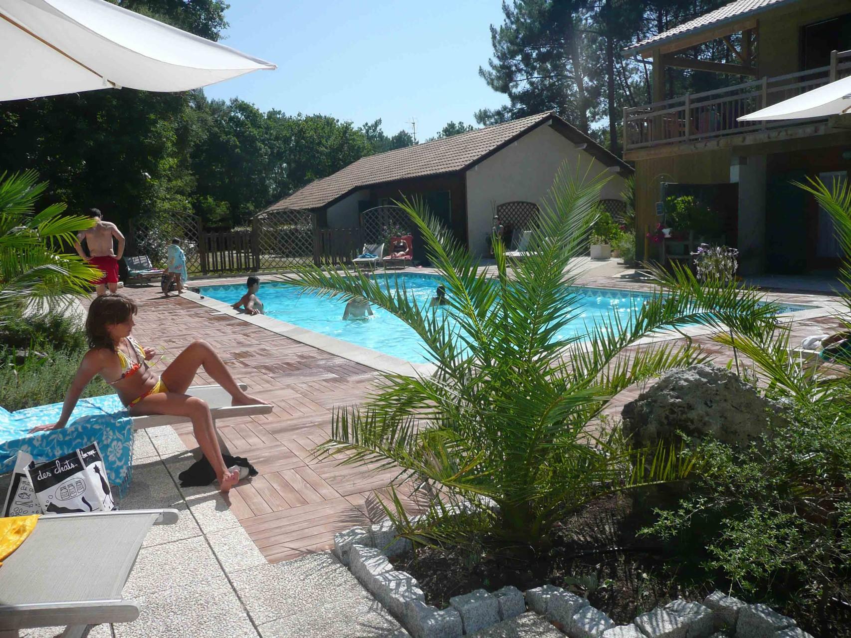 Location de vacances DUNEA Espace Piscine chauffée du 15 avril au 15 septembre