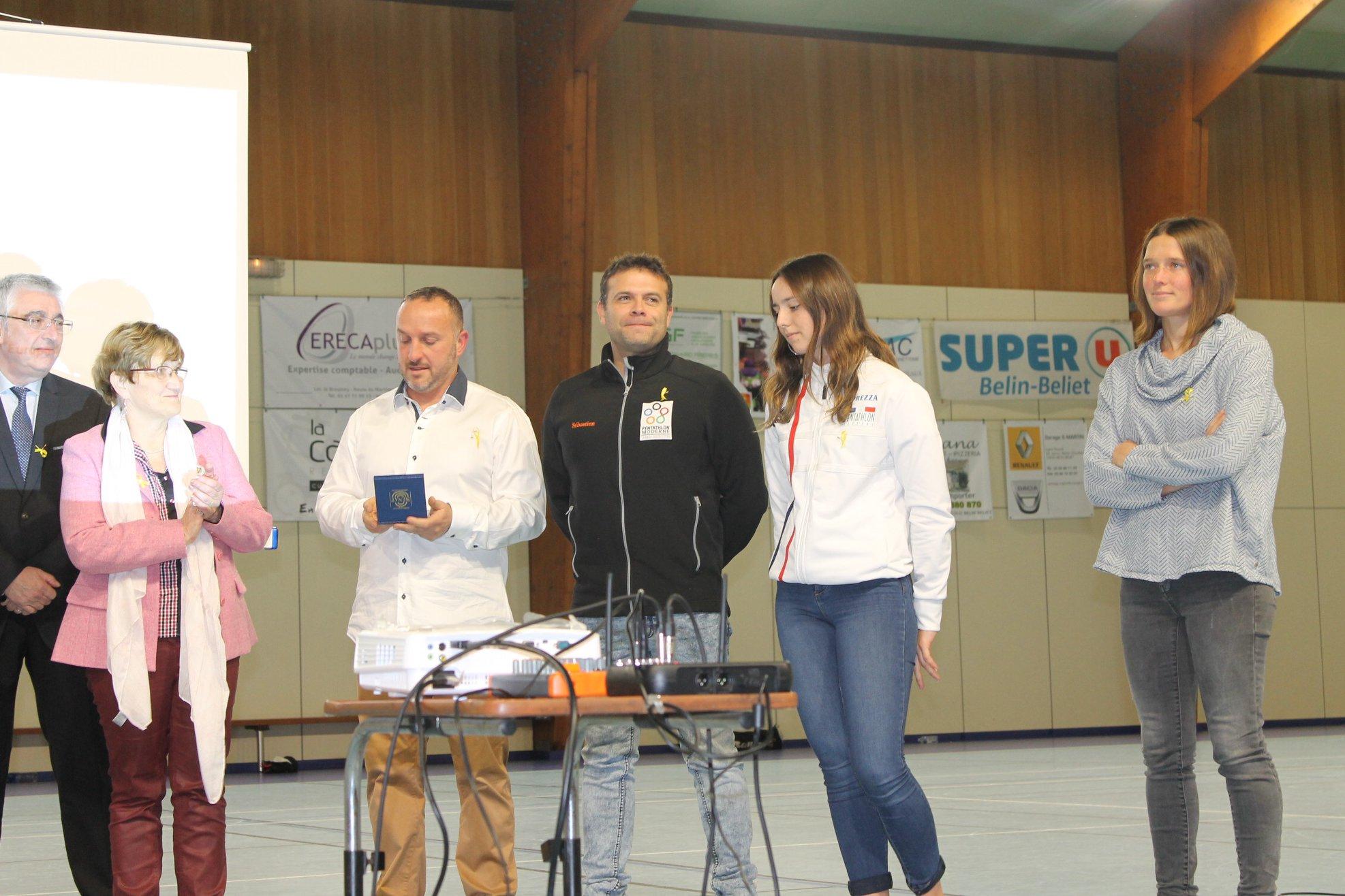 Pour marquer le coup, le HCBB avait invité deux champions: Magali Bardu et Sébastien Bardet, respectivement championne de France de Pentathlon Moderne et Vice-Champion d'Europe catégorie Master de Pentathlon Moderne sous les couleurs du club barpais.