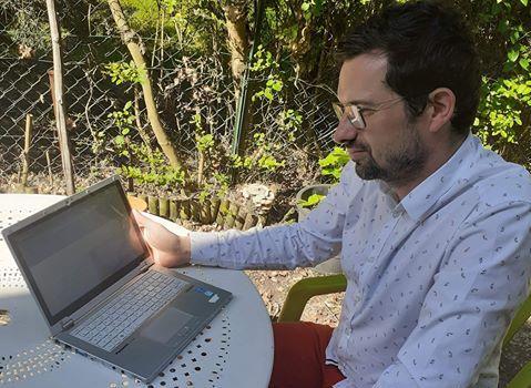 Jean-Edouard Canton a travaillé pendant dix heures pour mettre au point le site.