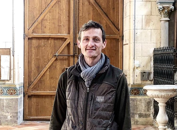 Alain de Sigoyer est le président de l'association Une Pierre à l'édifice
