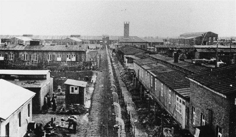 Camp de concentration de Neuengamme pendant la Seconde Guerre Mondiale.