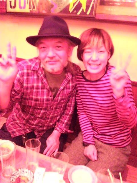 舞台監督、アフターイベントにギタリストとしていらした斎藤トオルさんにメロメロ。