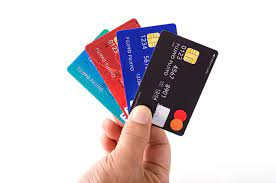 複数のクレジットカードのイメージ