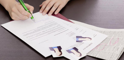 Für viele Bewerber ist das Verfassen eines Motivationsschreibens eine Qual.