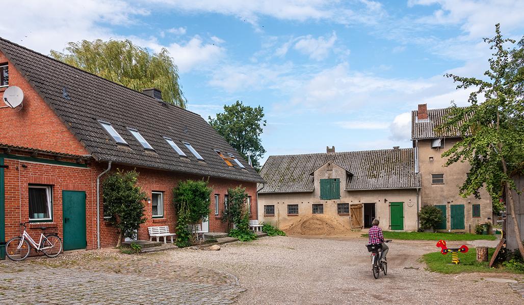 Das alte Backhaus und die alte Getreidelagerung