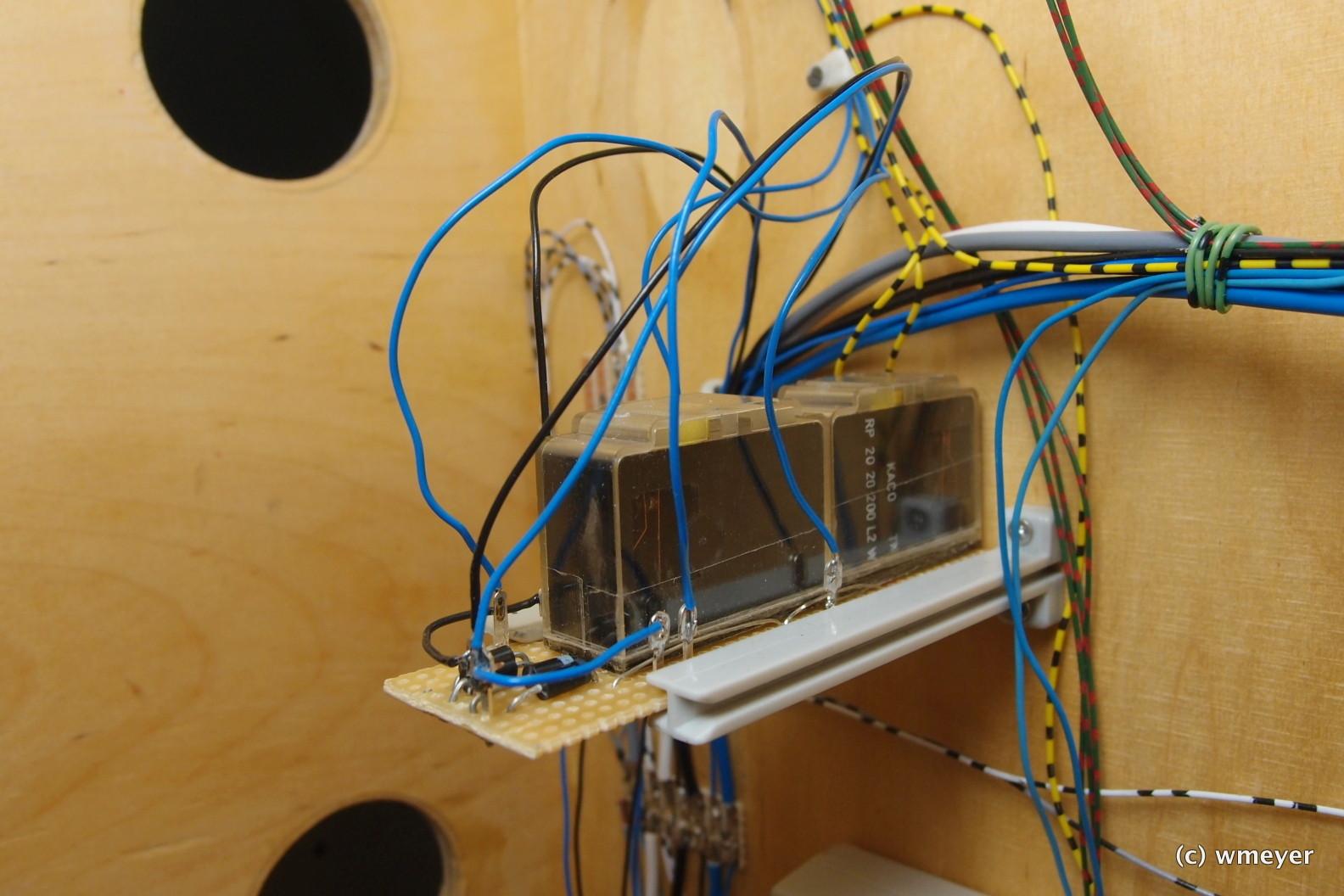 2 Kako Relais zur Umschaltung analog/digitale Ansteuerung der Signale