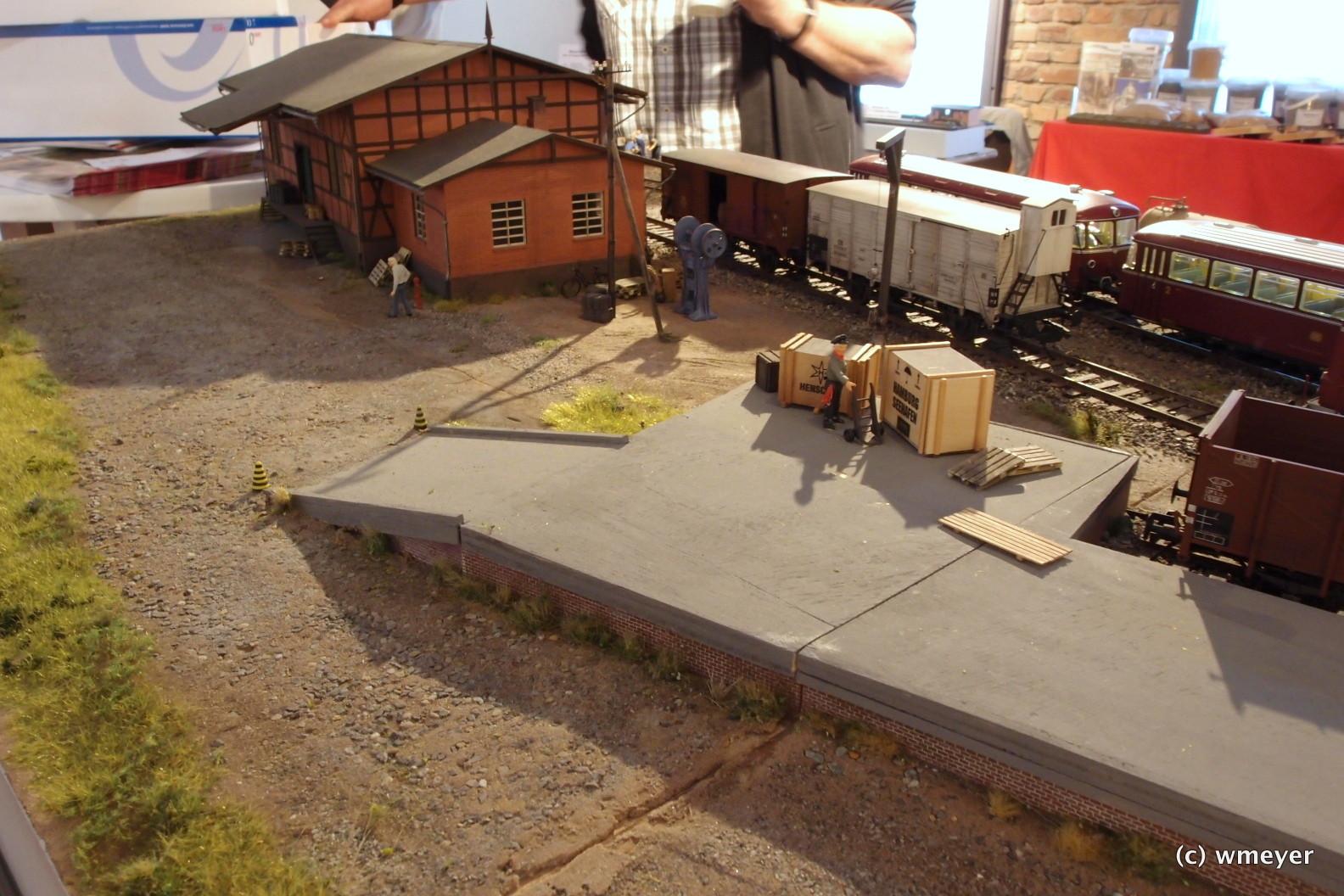 Nullingen - Ausstellungsanlage von Lenz