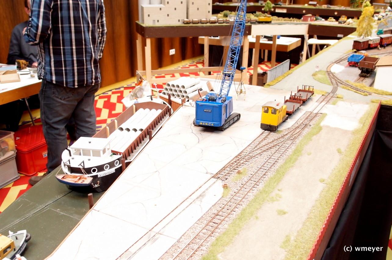 Schmalspur in 0 mit Hafenmotiven
