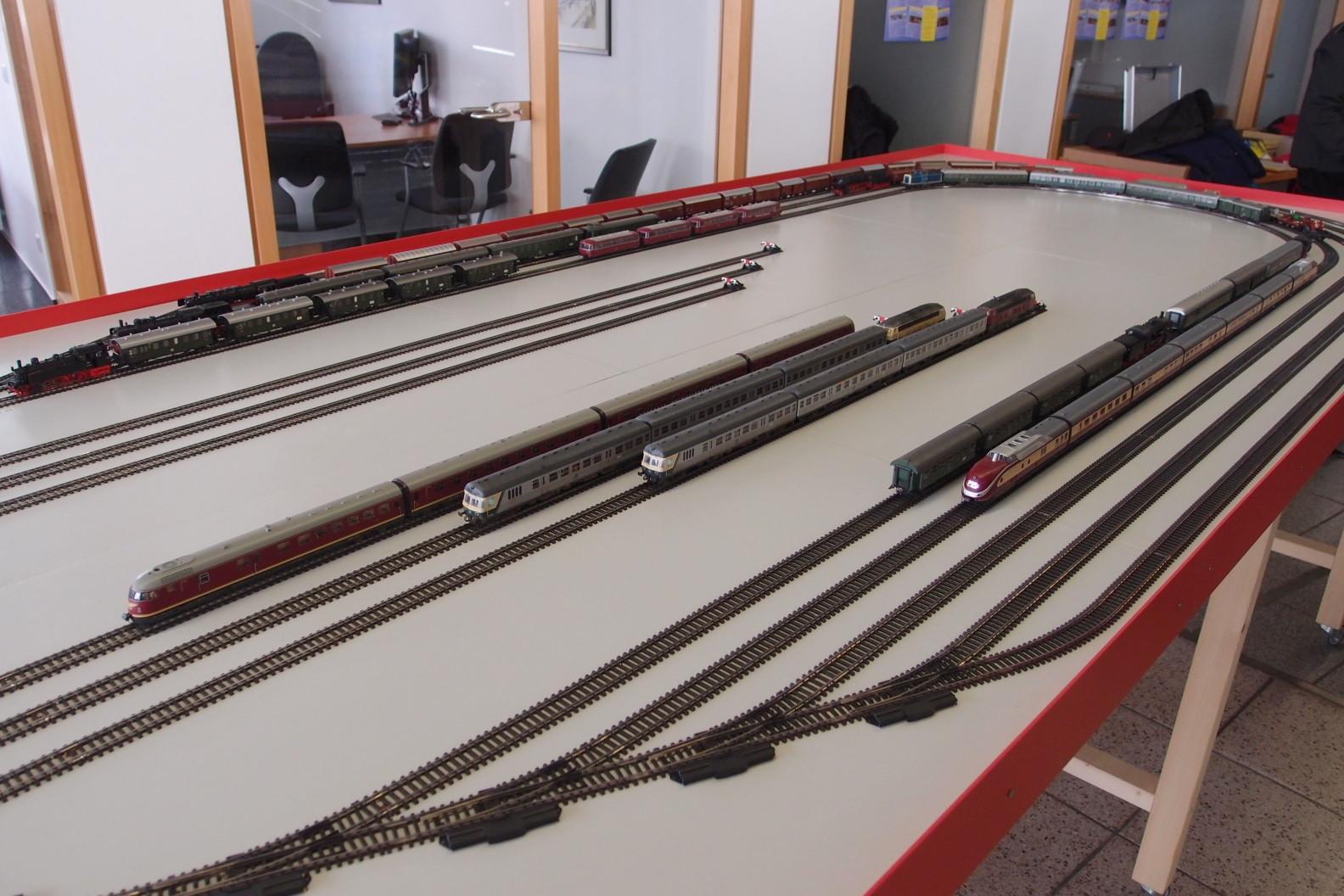 Fiddlyard in ausreichender Größe Modell-Eisenbahn-Freunde Kinzigtal