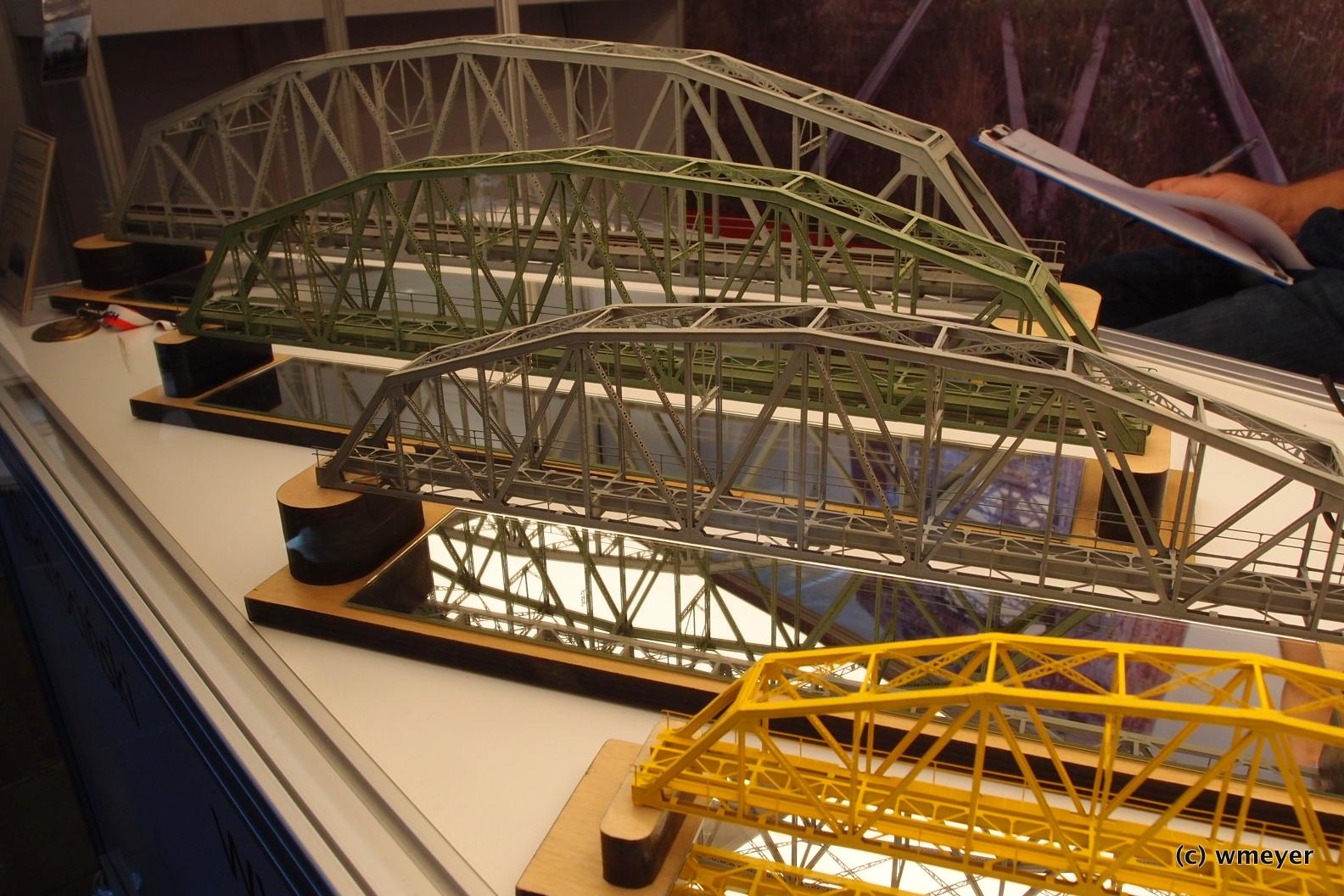 Polnischer Hersteller für sehr detaillierte Brücken