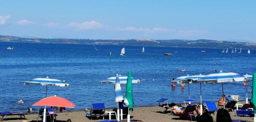 Озеро Браччано Рим фото