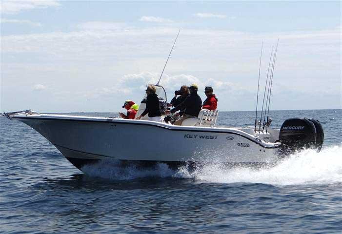Pêche en mer avec Pascal Capitaine.