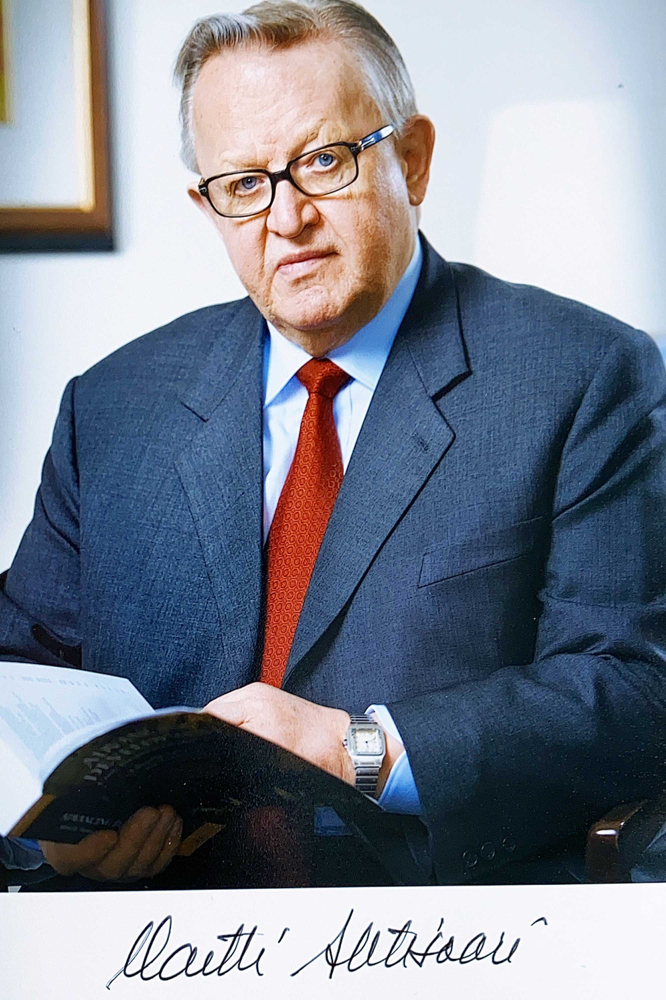 Autograph Martti Ahtisaari Autogramm
