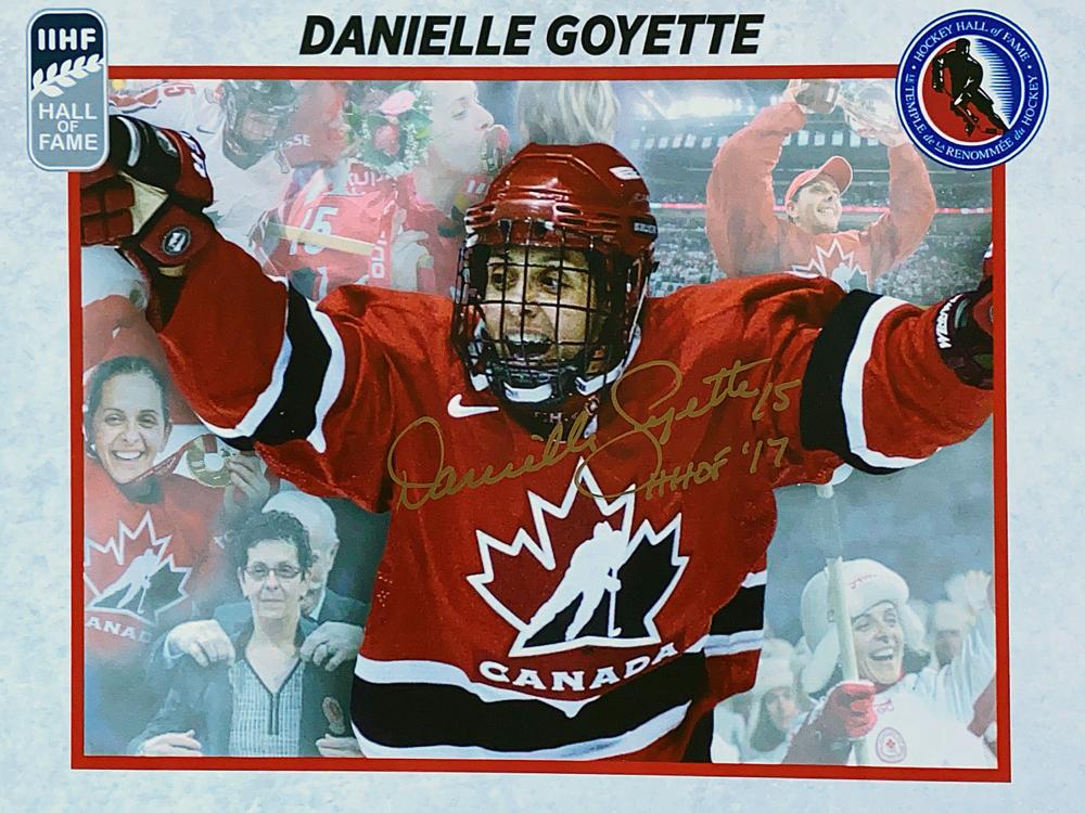 Autograph Danielle Goyette Autogramm