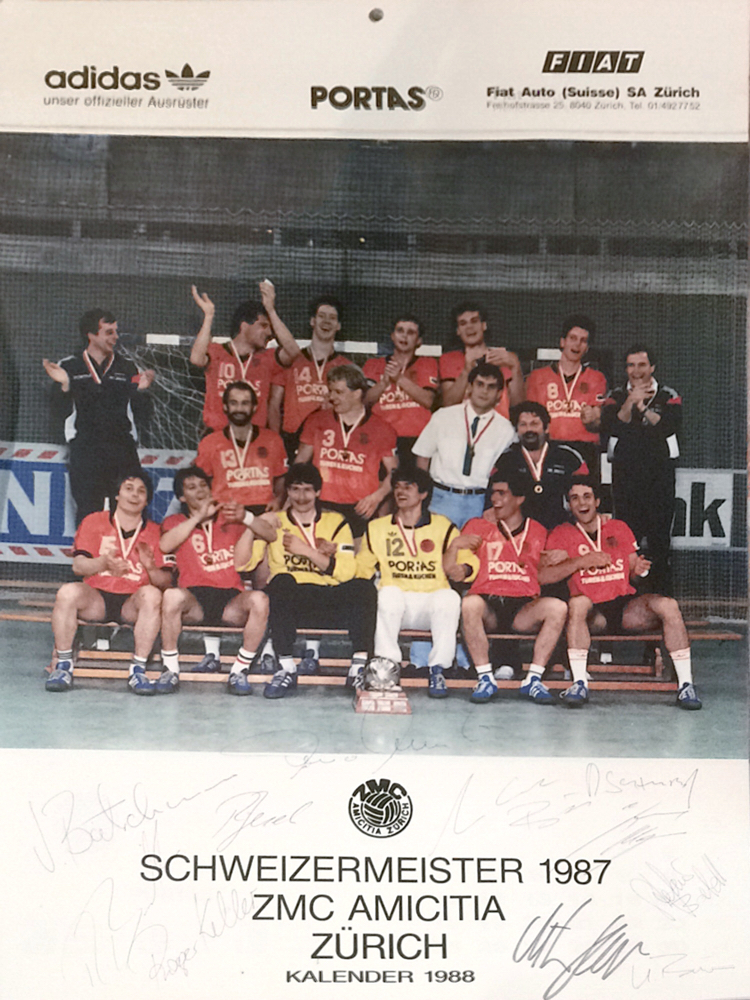 ZMC Amicitia Swiss Handball Champion 1987 with all the Autographs from the Team including Marc Bär, Roger Keller, Stefano Balmelli and Jürgen Bätschmann (all member of the Swiss National Team at that time), Autographs received in Person