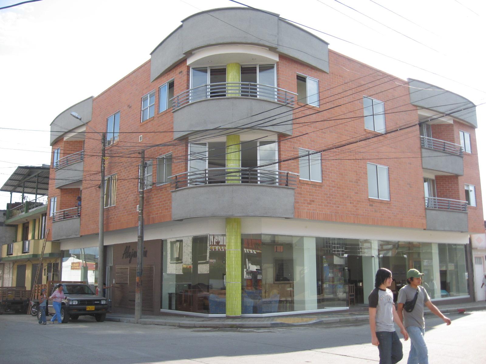 CONSTRUCCION EDIFICIO COOMODEQUI QUIMBAYA