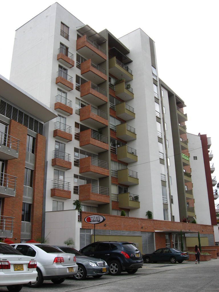 EDIFICIO SOLARIS ARMENIA