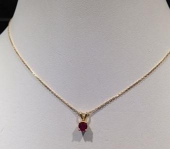 Chaîne Or pendentif rubis et pierre saphir et diamants Création Aur'Or