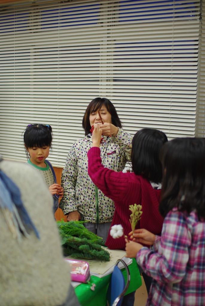 りんごのいい香りに子ども達騒然! いどっ子、時間帯的に、おやつがないと辛いかなぁ・・・要検討。
