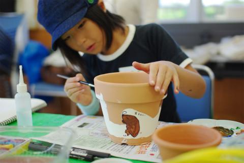 モグラが住んでる植木鉢。