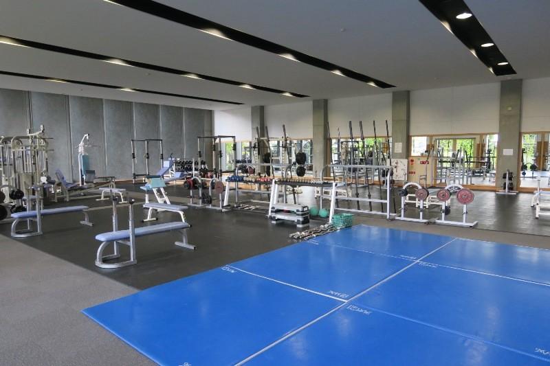トレーニングルーム(総合体育館)