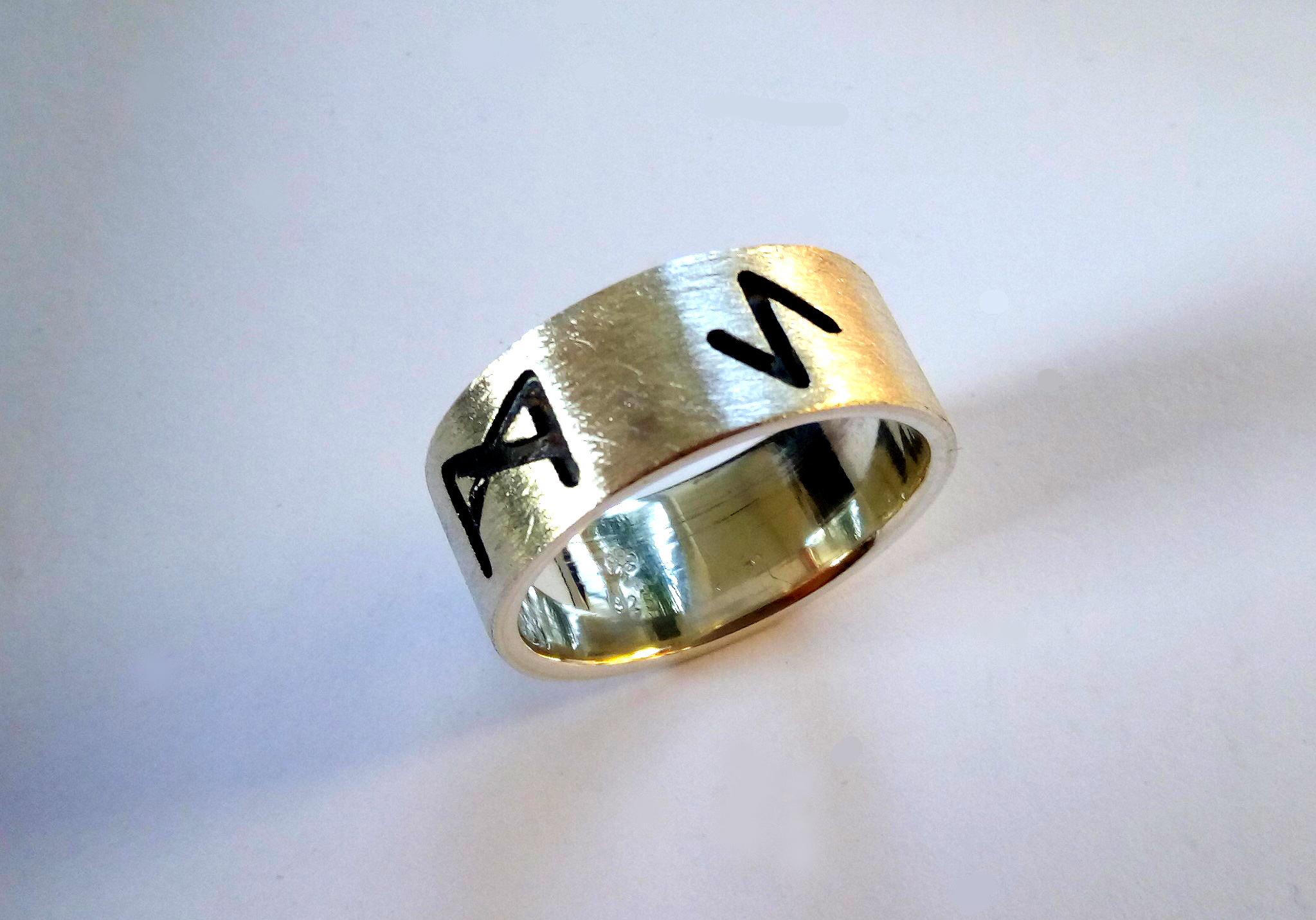 Runen Band Ring in Silber