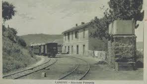 La stazione ferroviaria (anni Venti)