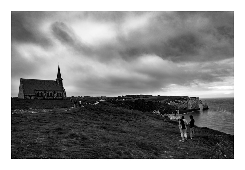 L'église - Etretat.