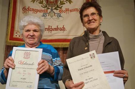 Ehrungen - Irene Zeitz (50J Mgl) - Margit Schärpf (60J) - 2014