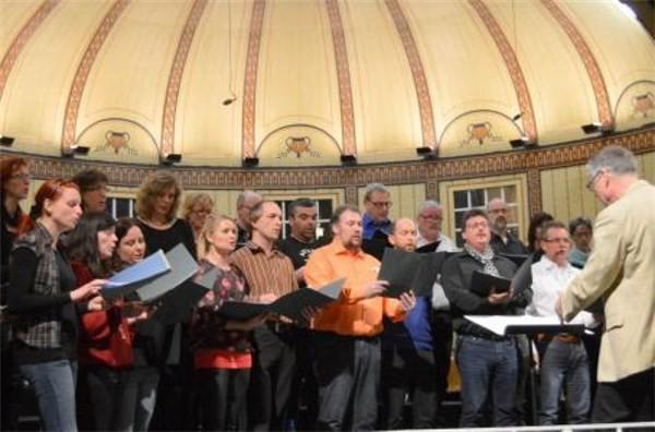 Samstag-Chor Reichenbach - Leitung: Bernd Hammer