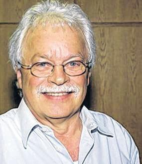 Ehrung - Wilfried Schricker - 40 Jahre Aktives Singen 2011