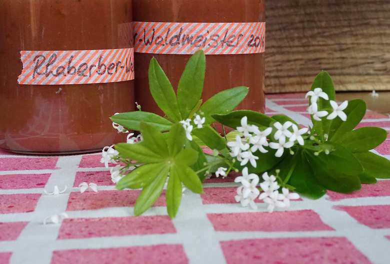 Rhabarber-Waldmeister-Marmelade (develloppa)