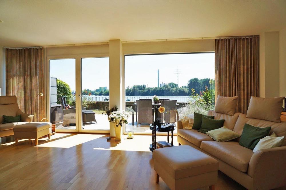 Wohnen mit Blick auf den Rhein