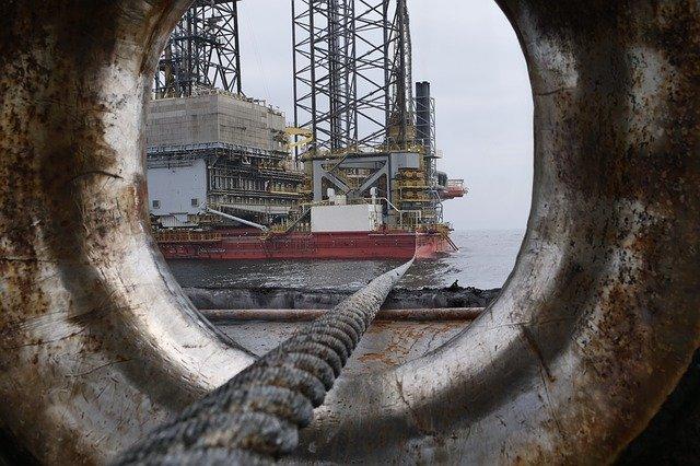 Öl Aktien unter die Lupe genommen - mit Dividenden deinen Sprit fianzieren